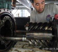 Ремонт винтового компрессора чиллера Shivaki. Клиника Medline. г.Ташкент